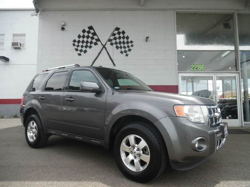 2010 FORD ESCAPE LIMITED 4DR SUV gray this car is an amazing car with backup camara navigation