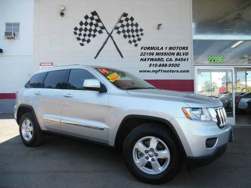 2013 JEEP GRAND CHEROKEE LAREDO 4X4 4DR SUV silver super clean jeep laredo very smooth ride4x4