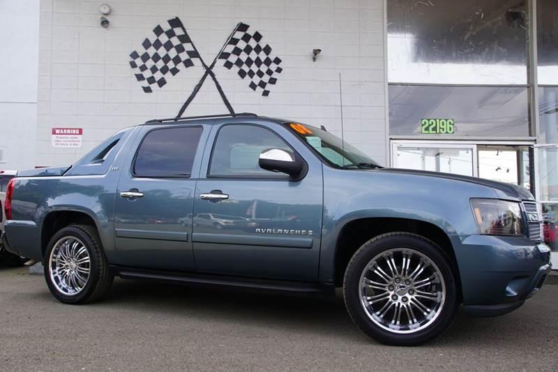2008 CHEVROLET AVALANCHE LTZ 4X2 4DR CREW CAB SB blue granite metallic 2-stage unlocking doors a