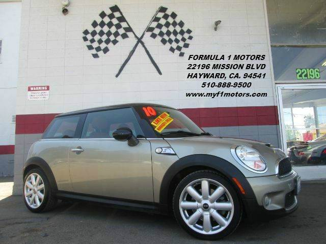 2010 MINI COOPER S 2DR HATCHBACK gold this is a very nice mini cooper super clean inside and out