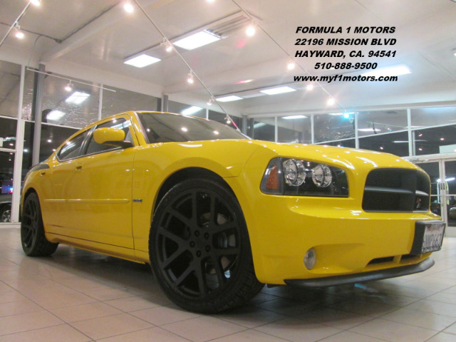 2006 DODGE CHARGER RT 4DR SEDAN yellow this is a beautiful limited edition dodge charger daytona