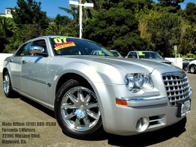 2007 CHRYSLER 300C NAVIGATION silver 57l v8 automatic moon roof leather navigation abs brakes