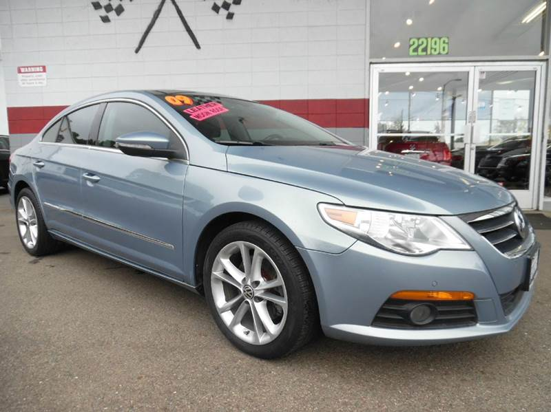 2009 VOLKSWAGEN CC LUXURY 4DR SEDAN blue vinwvwhl73c29e540250 this is a very nice volkswagen cc