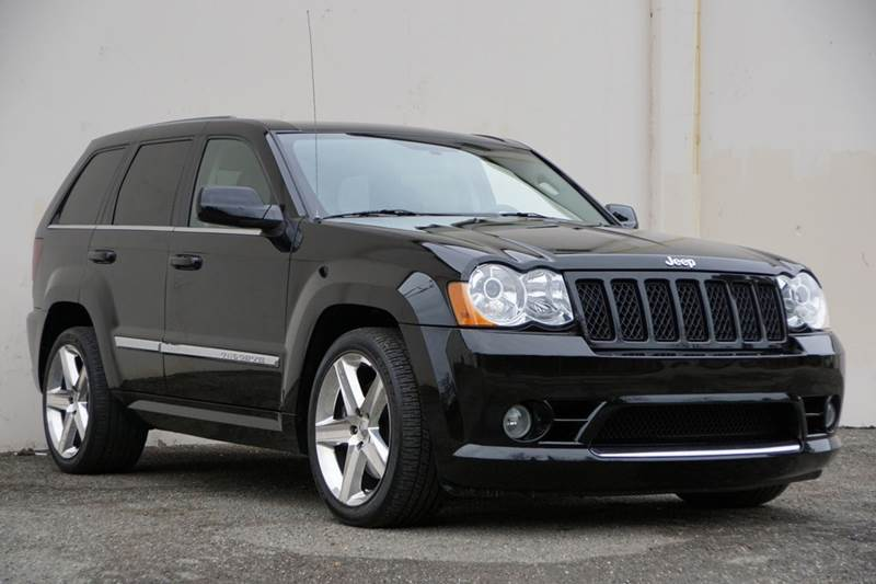 2008 JEEP GRAND CHEROKEE SRT8 4X4 4DR SUV black clearcoat vin 1j8hr78368c158698 this is a great v