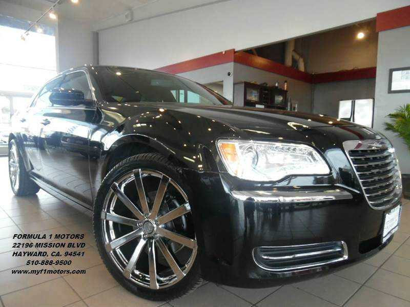 2014 CHRYSLER 300 BASE AWD 4DR SEDAN black super clean chrysler 300 black on black gorgeous leat