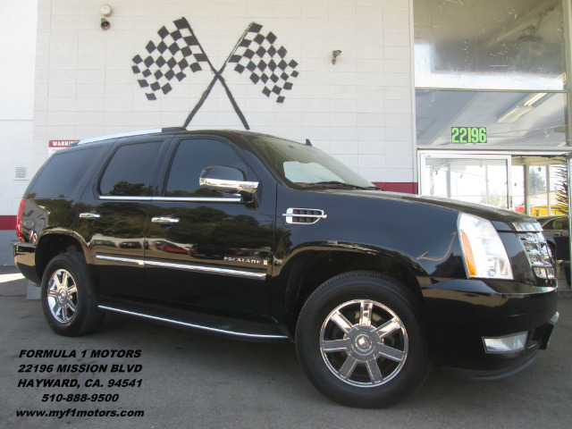 2008 CADILLAC ESCALADE PLATINUM EDITION AWD 4DR SUV black this is a gorgeous cadillac escalade st