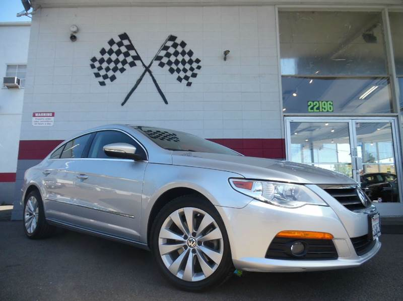 2010 VOLKSWAGEN CC SPORT PZEV 4DR SEDAN 6A silver this is a very nice volkswagon cc gorgeous blac