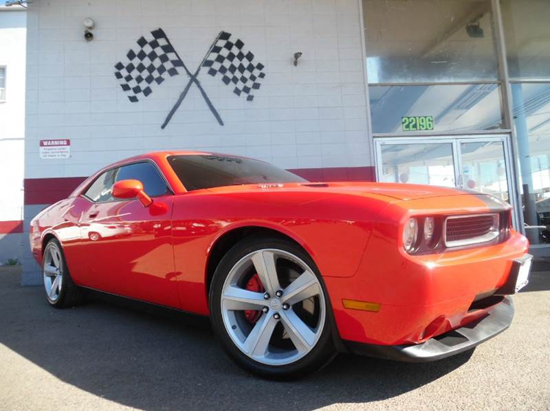 2009 DODGE CHALLENGER SRT8 2DR COUPE red this srt8 dodge challenger has tons of premium options