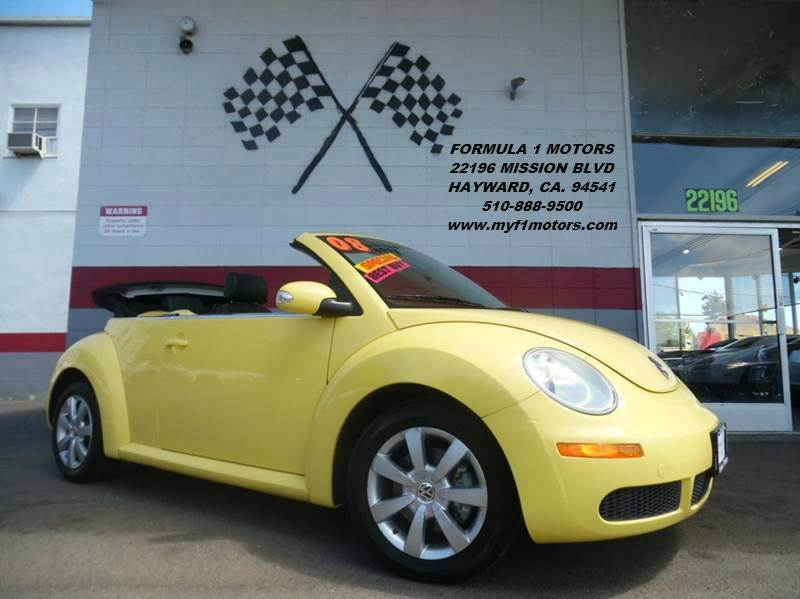 2008 VOLKSWAGEN NEW BEETLE S PZEV 2DR CONVERTIBLE 6A yellow this is a very nice volkswagon new be