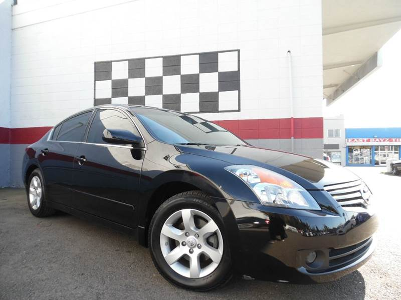 2009 NISSAN ALTIMA 25 SL 4DR SEDAN black great dependable car with low mileage has a moonroof