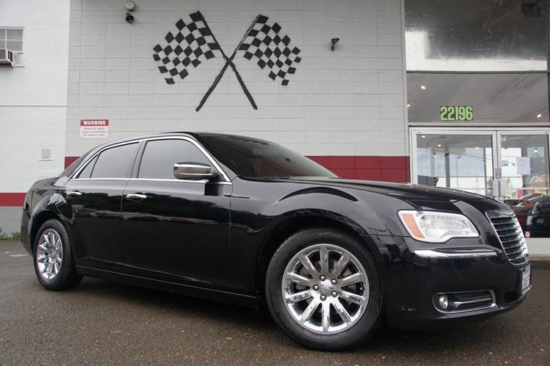 2012 CHRYSLER 300 LIMITED 4DR SEDAN gloss black vin 2c3ccacg6ch113488 the leather interior of thi