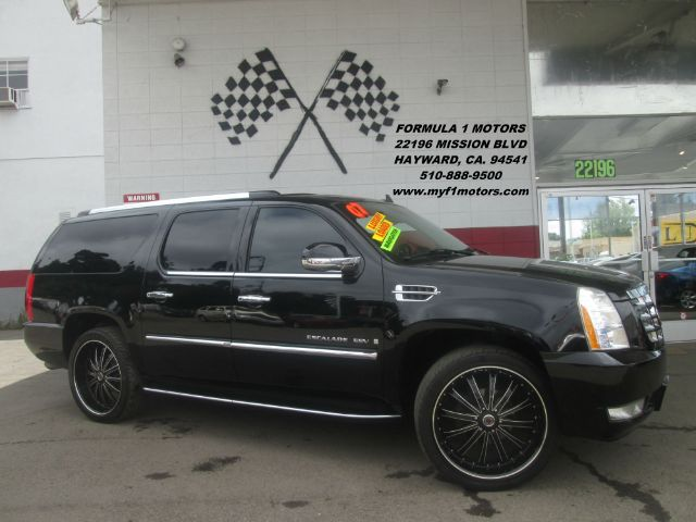 2007 CADILLAC ESCALADE ESV AWD 4DR SUV black fully loaded leather - moon roof - captain sea