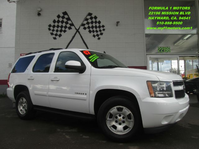 2007 CHEVROLET TAHOE LT 4DR SUV 4WD white leather - third row seat - flex fuel - great price - wow