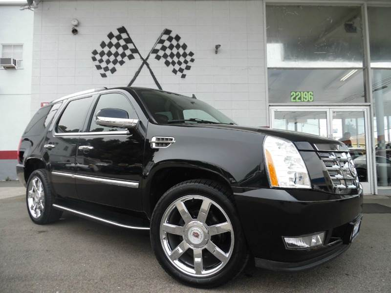 2010 CADILLAC ESCALADE AWD 4DR SUV black 4wd type - full time abs - 4-wheel active head restrain