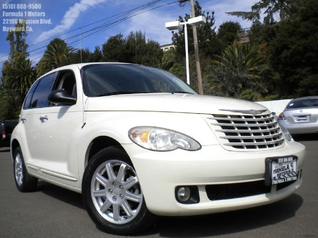 2007 CHRYSLER PT CRUISER LIMITED-1 OWNER white low miles automatic transmission power windows cd p