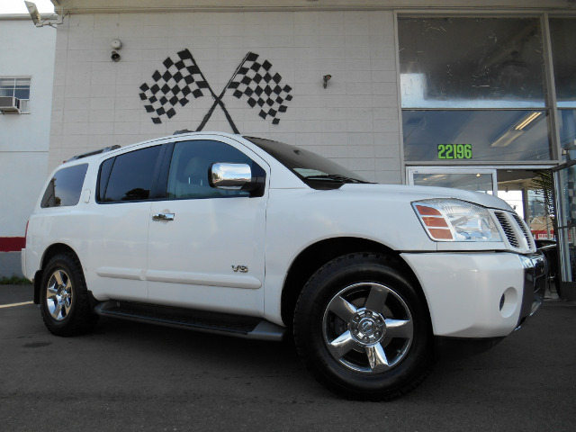 2005 NISSAN ARMADA SE 2WD white abs brakesadjustable foot pedalsair conditioningalloy wheelsam