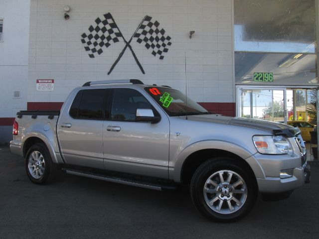 2007 FORD EXPLORER SPORT TRAC LIMITED 4DR CREW CAB silver this is a really nice ford sport trac tr