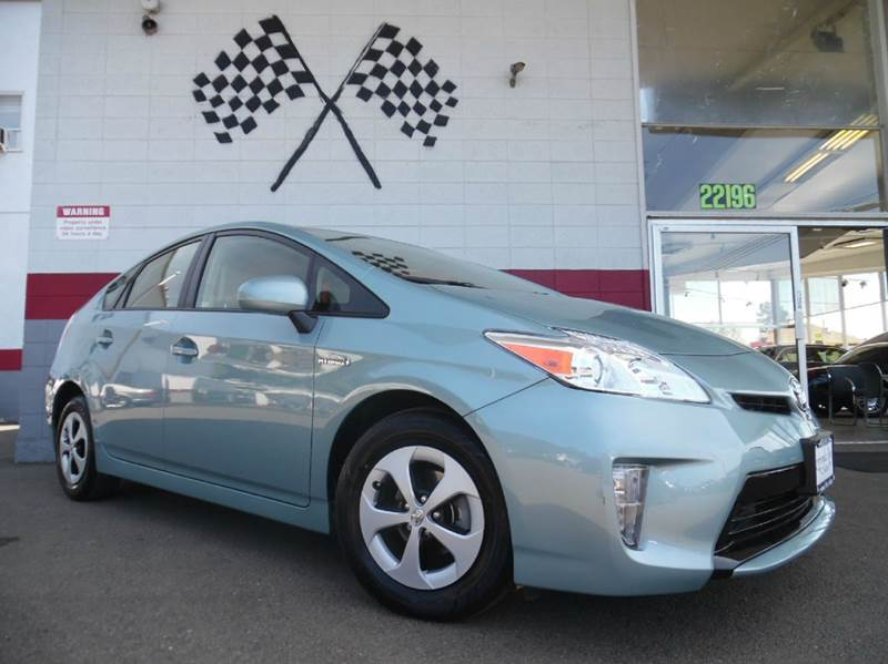 2013 TOYOTA PRIUS TWO 4DR HATCHBACK blue this is a very nice toyota prius perfect commuter car g