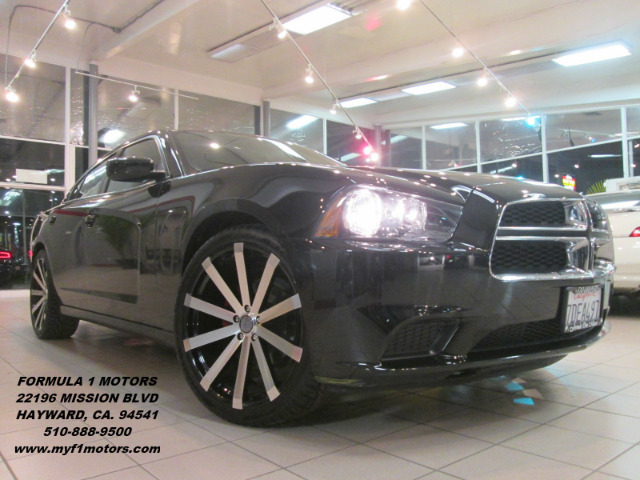 2014 DODGE CHARGER SE 4DR SEDAN phantom black tri-coat pearl this is a gorgeous dodge charger  wi