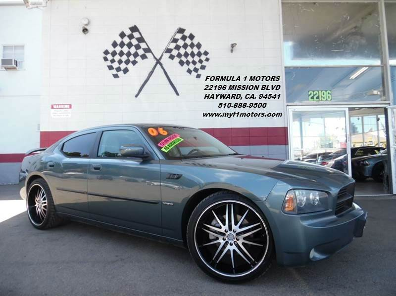 2006 DODGE CHARGER RT 4DR SEDAN grey this is a very nice dodge charger rt 57l v8 hemi engine g