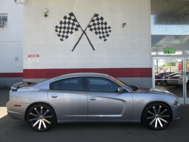 2014 DODGE CHARGER SE 4DR SEDAN grey super clean dodge charger brand new 22 wheels and tires
