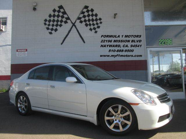 2005 INFINITI G35 4DR SEDAN white this infiniti g35 is in great condition inside and out very ni