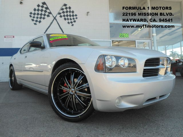 2008 DODGE CHARGER SXT silver this is the 35l high output sxt model of the dodge charger  we jus