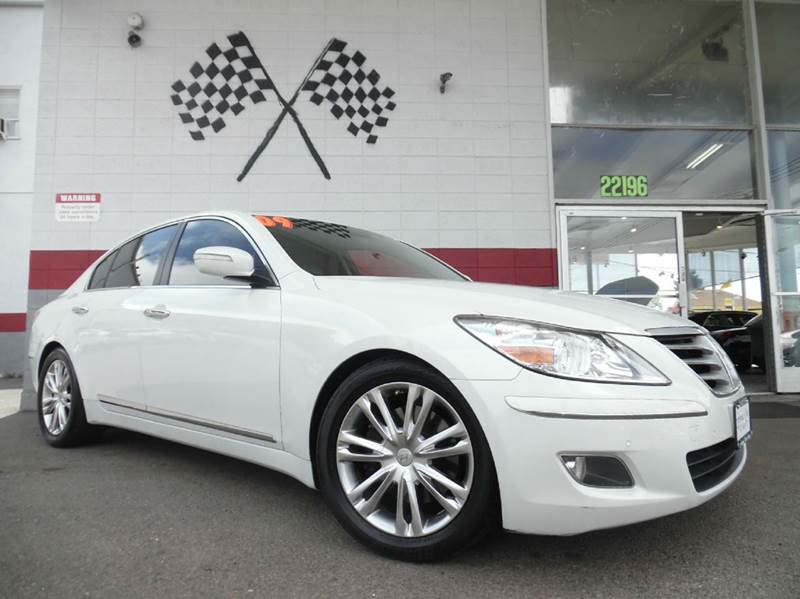 2009 HYUNDAI GENESIS 46L V8 4DR SEDAN white vinkmhgc46f09u047099 this unit will go fast it h