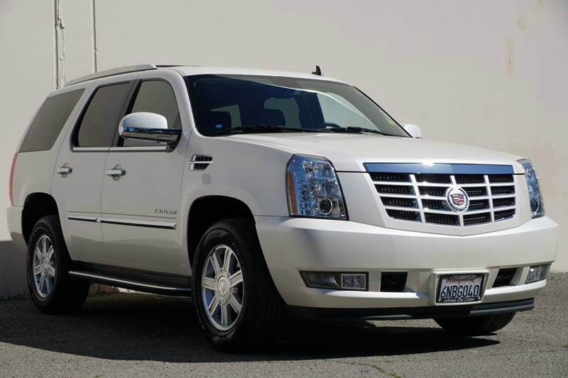 2011 CADILLAC ESCALADE BASE 4DR SUV white diamond tricoat 2-stage unlocking doors abs - 4-wheel