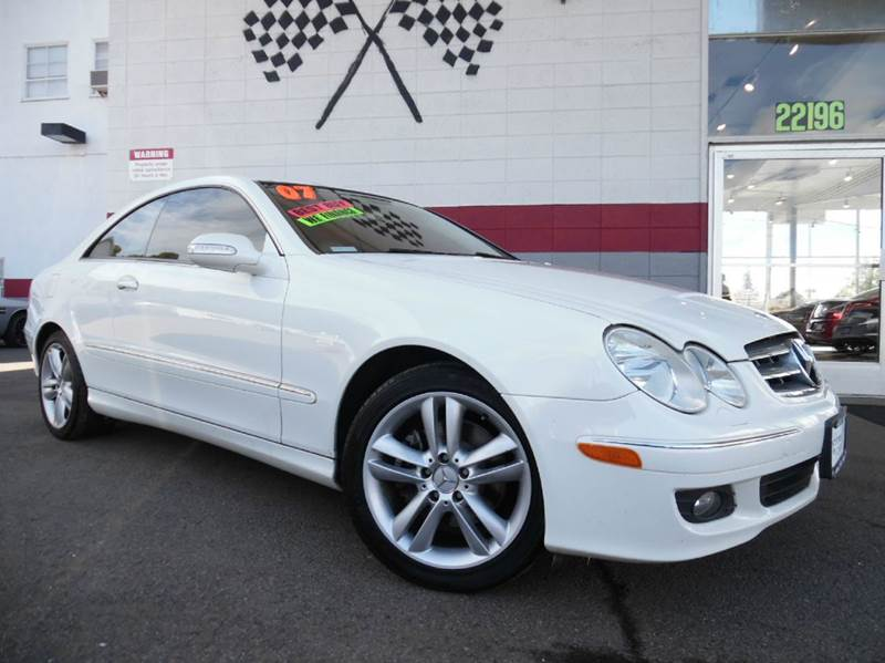 2007 MERCEDES-BENZ CLK CLK350 2DR COUPE white great car with an amazing interior design has a
