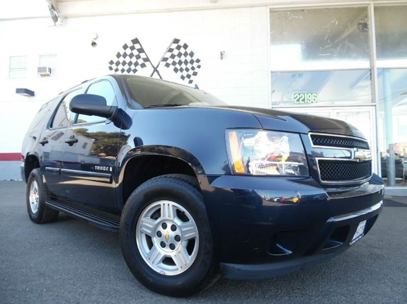 2008 CHEVROLET TAHOE LS 4X2 4DR SUV dark blue great dependable vehicle with third row seating
