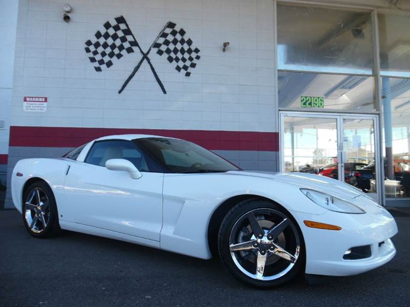 2007 CHEVROLET CORVETTE BASE 2DR COUPE white vin 1g1yy26u575109559 this vehicle only has 23k mil