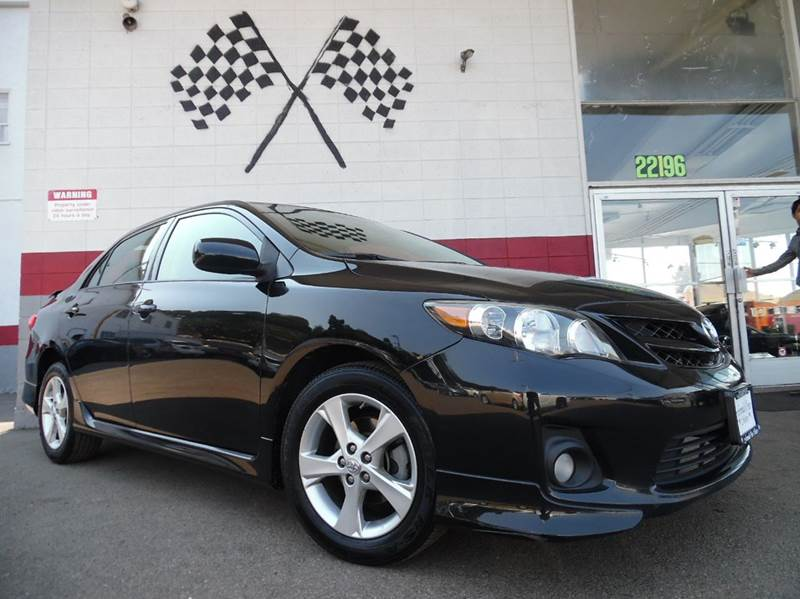 2011 TOYOTA COROLLA S 4DR SEDAN 4A black vin 2t1bu4eexbc642582   this is a very nice toyota coro