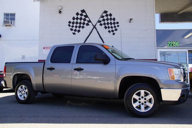 2007 GMC SIERRA 1500 SLE2 4DR CREW CAB 58 FT SB steel gray metallic 2-stage unlocking doors ab