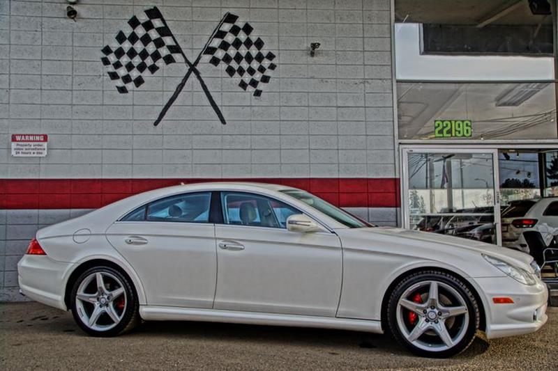 2010 MERCEDES-BENZ CLS CLS 550 4DR SEDAN designo magno cashmere white you wont be able to keep y