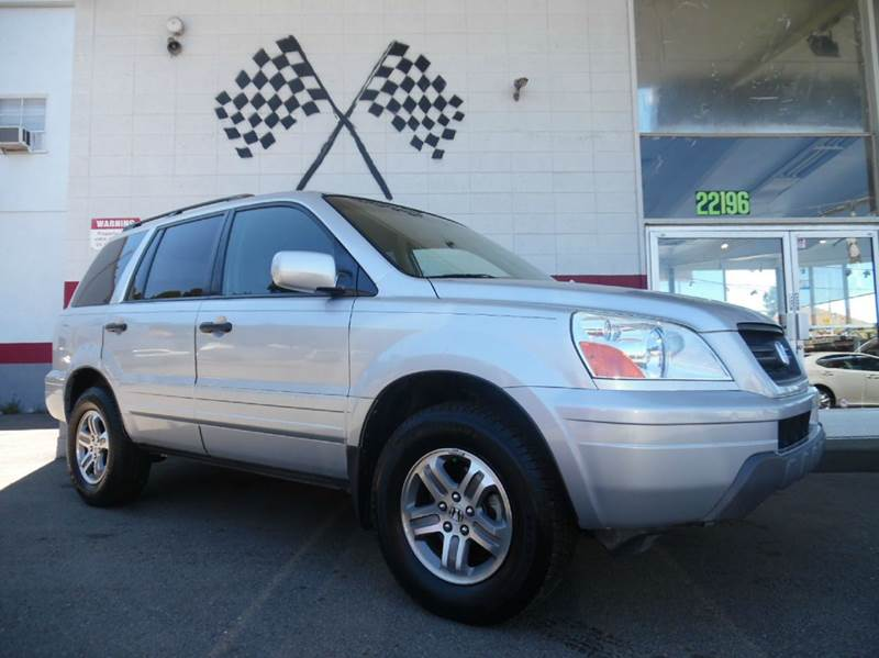 2004 HONDA PILOT EX-L 4DR 4WD SUV WLEATHER silver this is a very nice honda pilot super clean i