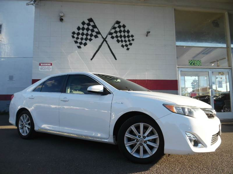 2012 TOYOTA CAMRY HYBRID XLE 4DR SEDAN white vin 4t1bd1fk5cu028591 this toyota camry hybrid is fu