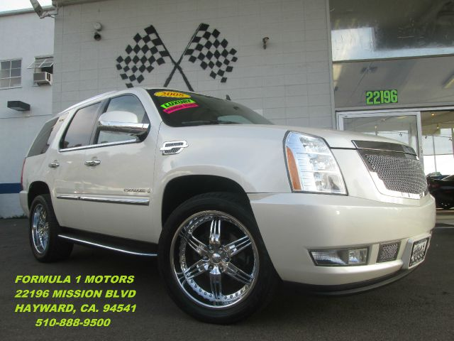 2008 CADILLAC ESCALADE 2WD pearl white abs brakesadjustable foot pedalsair conditioningalloy wh