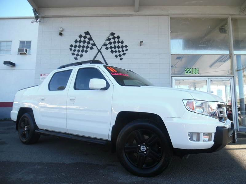 2011 HONDA RIDGELINE RTL WNAVI 4X4 4DR CREW CAB WNA white vin 5fpyk1f54bb010306 great vehicle f
