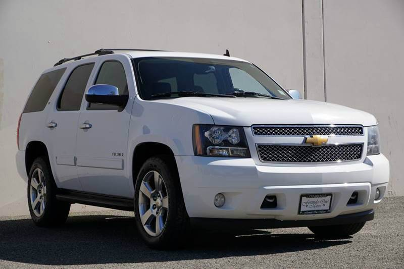 2012 CHEVROLET TAHOE LT 4X2 4DR SUV summit white 2-stage unlocking doors abs - 4-wheel adjustabl