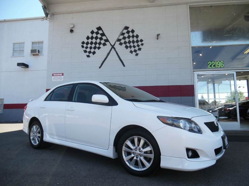 2009 TOYOTA COROLLA S 4DR SEDAN 4A white this is a beautiful car extremely dependable and grea
