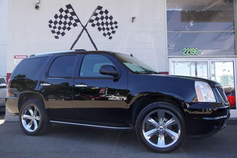 2007 GMC YUKON DENALI AWD 4DR SUV black onyx 2-stage unlocking doors 4wd type - full time abs -