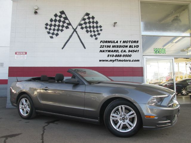 2013 FORD MUSTANG V6 2DR CONVERTIBLE grey this is a gorgeous ford mustang its convertible top ma