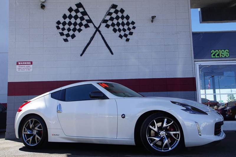 2014 NISSAN 370Z BASE 2DR COUPE 7A pearl white 2-stage unlocking doors abs - 4-wheel active hea