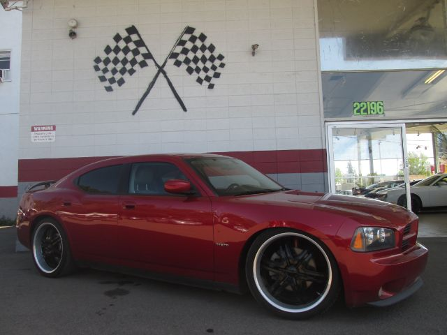2007 DODGE CHARGER RT 4DR SEDAN red this is a very nice dodge charger rt it has a 57l v8 hemi e