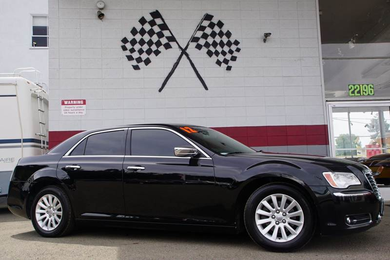 2012 CHRYSLER 300 LIMITED 4DR SEDAN gloss black 2-stage unlocking doors abs - 4-wheel active he