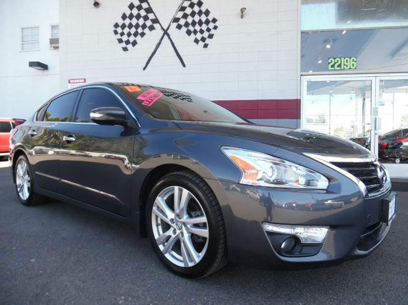 2013 NISSAN ALTIMA 35 SL 4DR SEDAN gray great dependable car with a moonroof and stupendous mile