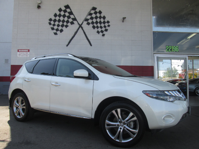 2010 NISSAN MURANO LE 4DR SUV pearl white loaded leather - moon roof - navigation - rear view