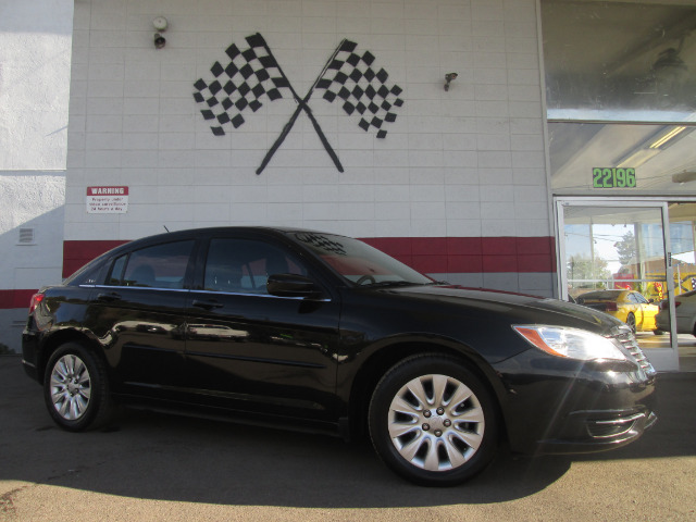 2012 CHRYSLER 200 LX 4DR SEDAN black 2-stage unlocking - remote abs - 4-wheel active head restra