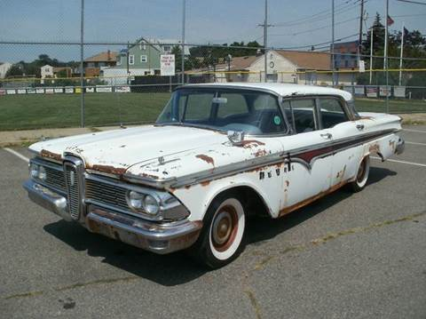 1959 Ford Deluxe